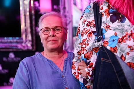 Merja Thil on toiminut muun muassa teattereiden puvustajana.