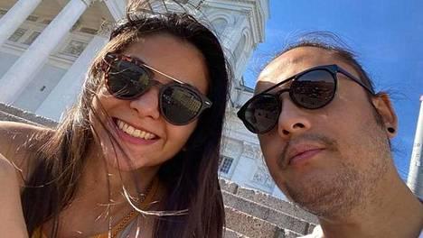 Meksikolainen Melissa Teruel ja nepalilainen Bikash Ranjitkar ovat pariskunta. Monterreysta ja Katmandusta kotoisin oleva pari asuu nykyään Helsingissä. Kulttuurieroja kolmen maan välillä riittää.