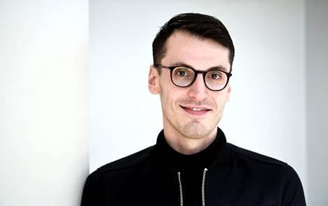 Kaunokirjallisuuden Finlandia-voittaja Pajtim Statovci palkittiin romaanistaan Bolla.