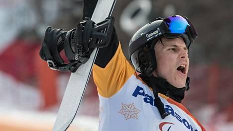 Matti Suur-Hamari on paralympiakultamitalisti.