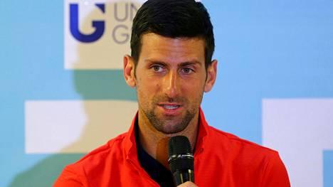 Novak Djokovic joutui raivokkaan kritiikin kohteeksi.