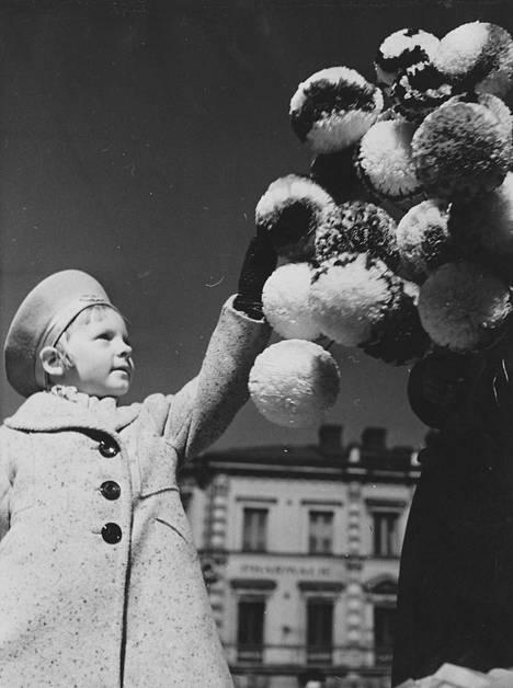 Vappu-iloa vuonna 1942.