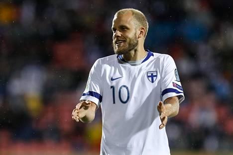 Teemu Pukki on mielettömässä maalivireessä Huuhkajien EM-karsinnassa. Hän teki Suomen 16 osumasta kymmenen.