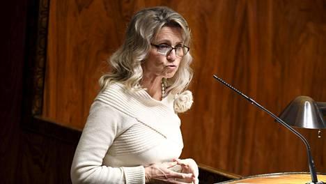 Kristillisdemokraattisen eduskuntaryhmän puheenjohtaja Päivi Räsänen eduskunnassa joulukuussa.