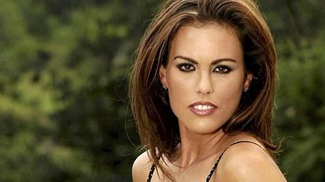 Blakeley Shea Jonesin lähipiiriin mukaan nainen on kovin epävarma itsestään.