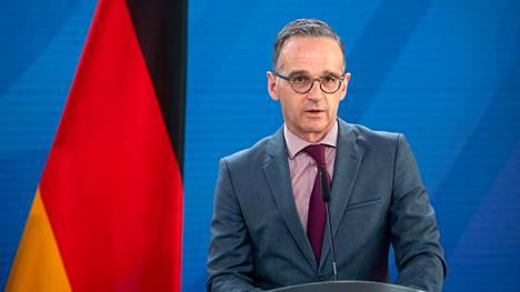 Saksan ulkoministeri Heiko Maas median edessä Berliinissä 25. toukokuuta 2021.