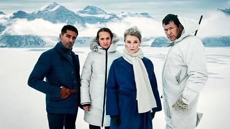 Ulkoministerin neuvonantaja Viktor (Alexander Karim, vas.) kidnapataan ja poliisivaimo Liv (Bianca Kronlöf) lähtee perään. Ulkoministeriä näyttelee Lena Endre ja Enokia Angunnguaq Larsen.