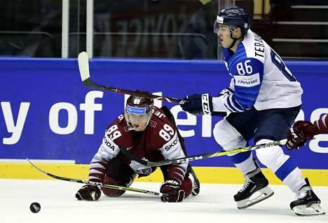 Teuvo Teräväisen saldo Latviaa vastaan oli 2+2=4.