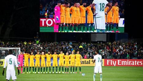 Adelaiden stadionin yleisö tyrmistyi, kun Saudi-Arabian joukkue ei kunnioittanut Lontoon iskun uhrien muistoa.