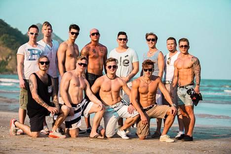 Nämä sinkkumiehet yrittävät vietellä varattuja naisia Temptation Islandissa.