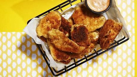 Parempaa kuin pikaruokalassa: Mehevät kananugetit valmistuvat yllättävän helposti