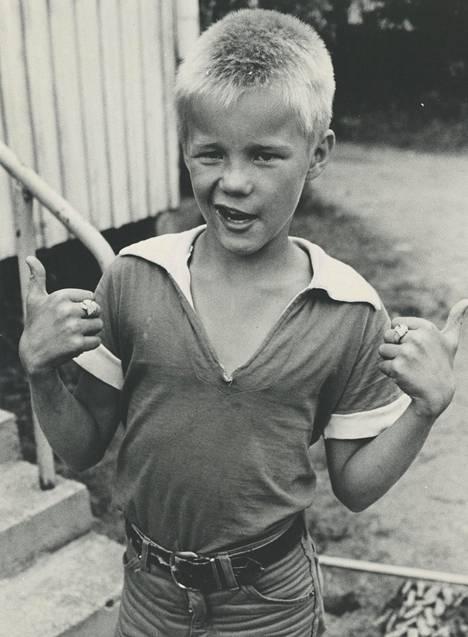 Mika Niikko lapsena.