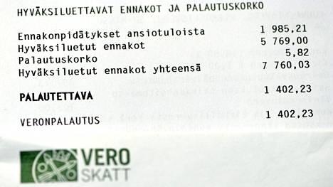 Yksityiskohta yli 1000 euroa veronpalautuksia saavan henkilön verokortista, kuvattu Helsingissä 31. lokakuuta 2018.