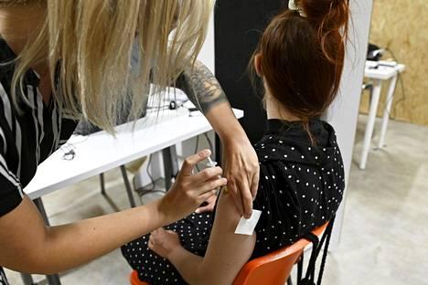 Suomessa ei toistaiseksi rokoteta alle 12-vuotiaita koronaa vastaan.