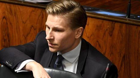 Oikeusministeri Antti Häkkänen tuomitsee pakkoavioliitot.