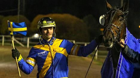 Lukas L Svedlund jatkoi ruotsalaisten hyvää menestystä kokelasohjastajien EM-kilpailussa.