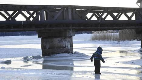 Tiistaina Suomeen virtaa taas kylmempää ilmaa pohjoisesta.