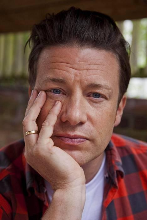 Jamie Oliver myönsi viime syksynä, että oli valtava isku, kun vuosikausien työ pyyhkyityi pois.
