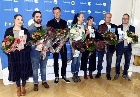 Kuvassa kaikki lasten- ja nuortenkirjallisuuden Finlandia-palkinnon ehdokkaat 8. marraskuuta 2017.