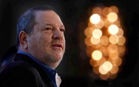 Toistakymmentä naista on syyttänyt tuottaja Harvey Weinsteinia seksuaalisesta ahdistelusta – osa myös raiskauksesta.