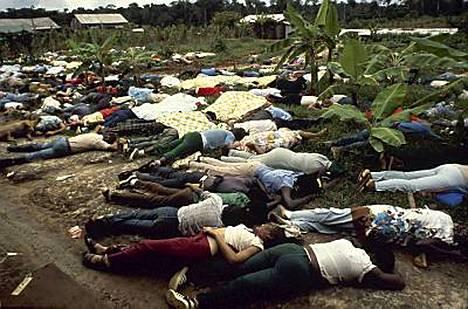 Kansan Temppeli -lahkon perustamasta Jonestownin ihannekaupungista Guyanan viidakoista löytyi 30 vuotta sitten 909 joko itsensä tappaneen tai murhatun ihmisen ruumiit.