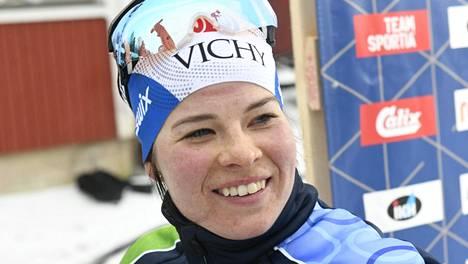 Krista Pärmäkoski hiihti lauantaina Vöyrillä SM-hiihdoissa.