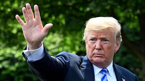 Presidentti Donald Trump haluaa lisää rahaa Yhdysvaltojen armeijan suojelusta.