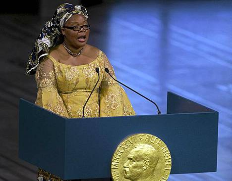 Leymah Gbowee, 39 on liberialainen rauhanaktivisti ja sosiaalityöntekijä. Kuuden lapsen äiti inspiroi vuonna 2003 liberialaisnaisia kieltäytymään seksistä, kunnes väkivalta maassa laantuu.