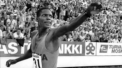 Ben Jipcho oli hurjassa iskussa Olympiastadionilla kesällä 1973.