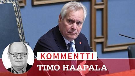 Antti Rinne (sd) on ollut vuorokauden eduskunnan perustuslakivaliokunnan puheenjohtajana.