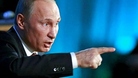 Vladimir Putinin aikoo ajaa eteenpäin lakia, jonka mukaan Venäjän kansalaisten tulee ilmoittaa mahdollisesta kaksoiskansalaisuudesta rangaistuksen uhalla.