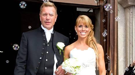 Elokuussa 2011 Tauski avioitui Henna Peltosen kanssa. Liitto kesti hieman yli vuoden.