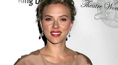 Onko Scarlett Johansson löytänyt uuden kullan?