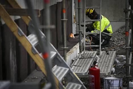 Rakennusalalla on kärsitty koronakriisin vuoksi.