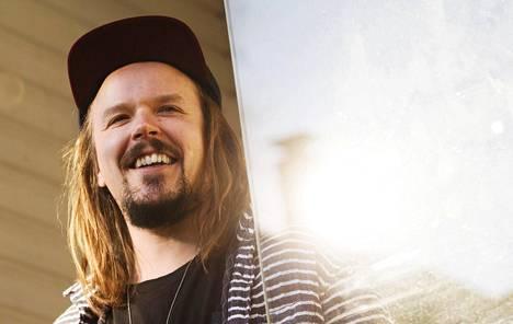 Jukka Poika luottaa perinteisiin lupauksiin.