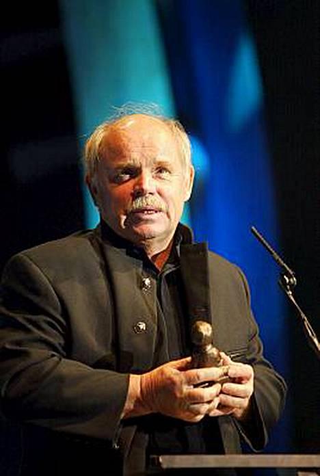 Ere sai erikois-Telviksen vuonna 2002.