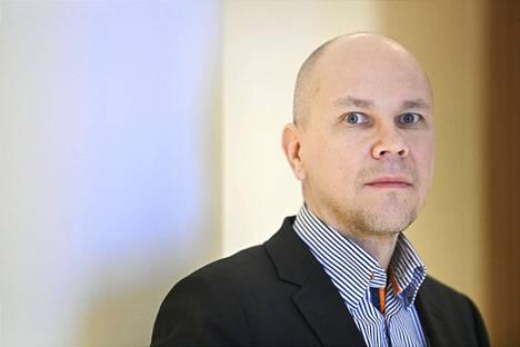 Rokotetutkimuskeskuksen johtaja Mika Rämet.