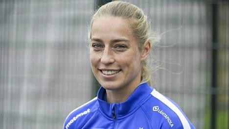 Linda Sällström on naisten maajoukkueen kaikkien aikojen paras maalintekijä 48 täysosumallaan.