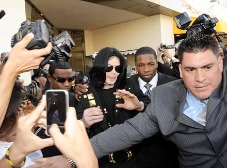 Michael Jackson oli yksi maailman seuratuimmista ihmisistä ja tahkosi urallaan miljardiomaisuuden.