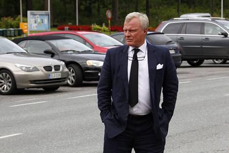 Casimir Ehrnroothin kummipoika Heikki Reenpää.
