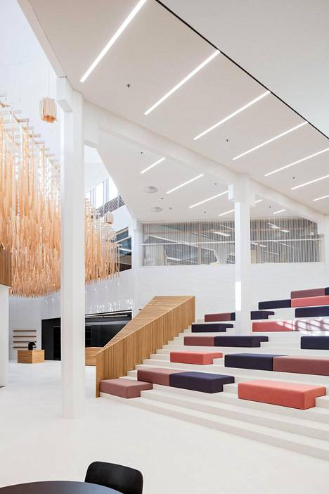 Kirjastotalon on suunnitellut arkkitehtitoimisto JKMM Arkkitehdit.