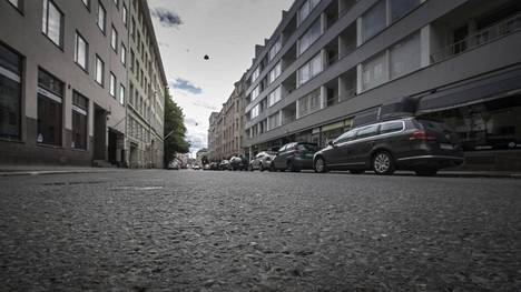 Oikeudessa keskiviikkona käsitelty henkirikos tapahtui Lönnrotinkadulla sijaitsevassa kerrostaloasunnossa kesäkuun alussa.