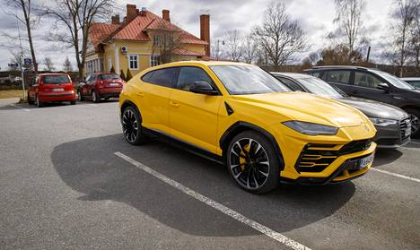 Patrik Laineen Lamborghini kuvattiin huhtikuussa Nokialla.