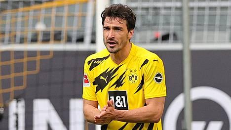 Mats Hummels, 32, on edustanut koko uransa Bayern Münchenia tai Borussia Dortmundia.