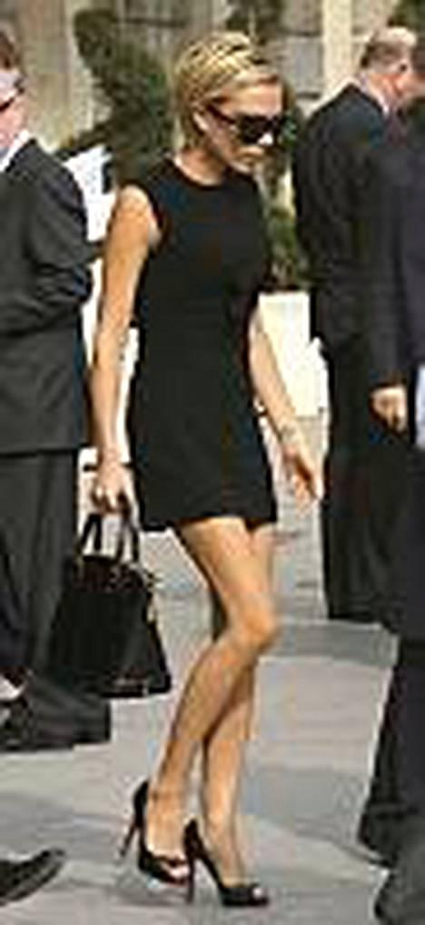 Victoria Beckham vieraili sarjassa cameo-roolissa.