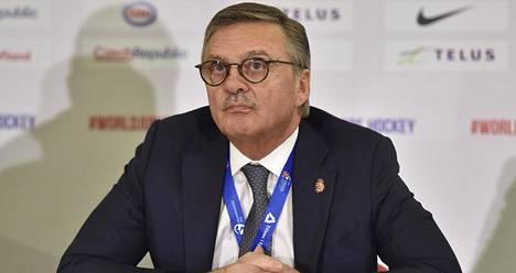 IIHF:n puheenjohtaja René Fasel.