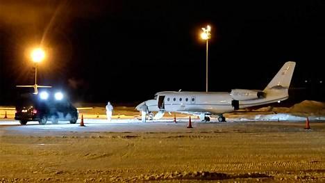 Poliisin mukaan turmakone oli pieni, 20-paikkainen Gulfstream G 150, joita käytetään yleensä yksityislentoihin.