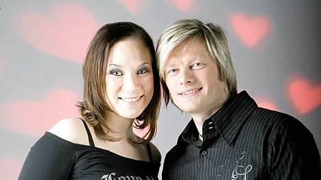 Tiina Räsänen ja Petri Hervanto saavat lapsen.