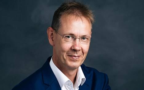 Petri Niirasen mukaan pk-yrittäjiltä tulee yleistä viestiä, että it-osaajien vaje vaikeuttaa niiden kasvua.