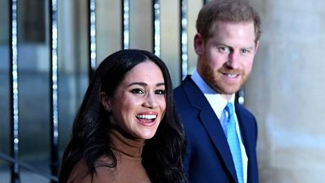 Herttuatar Meghan ja prinssi Harry eivät tule käyttämäään sanaa royal markkinoinnissaan.